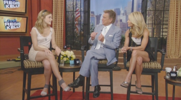 Emma Watson CrossedLegs Live with Regis & Kelly (2009-07-13)1