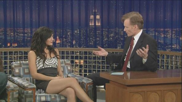 Jessica Szohr CrossedLegs Conan (2008-12-11)1