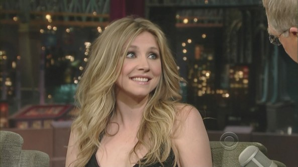 Sarah Chalke - The Late Show with David Letterman (2008-10-08)4
