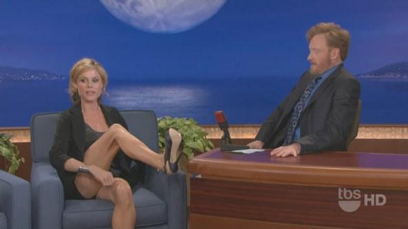 Julie Bowen - Conan (2010-11-11)6